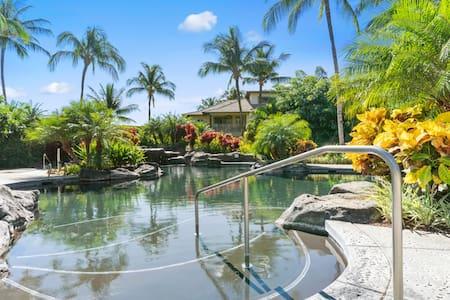 Hawaiian style Palm Villas at Mauna Lani w/ pool