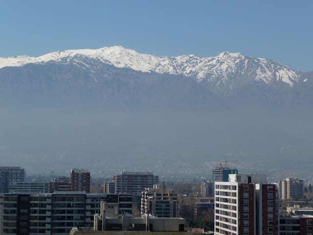 Sunny apartment with superb views of the Andes - Ñuñoa - Wohnung