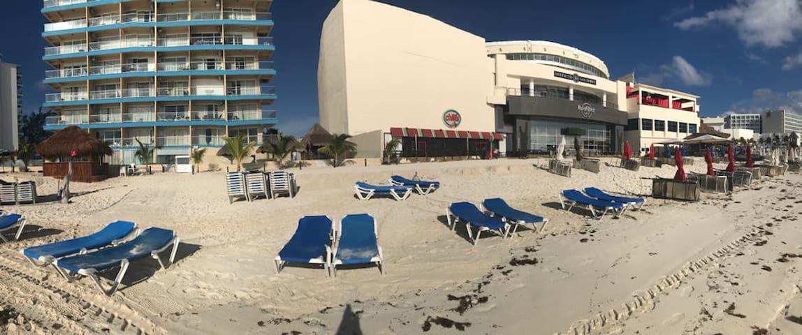 Salvia Beach Front Condo in Cancun's Hotel Zone