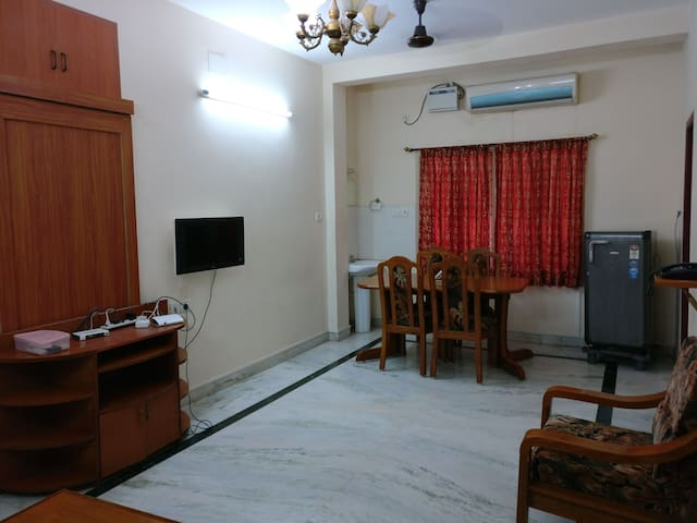 Luxurious One Bedroom Flat, Velachery, Chennai.