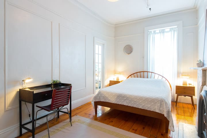 Relaxing Brownstone One Bedroom Apartments For Rent In Brooklyn New York