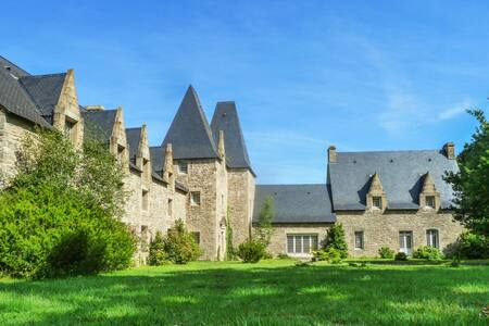 the top 20 castles for rent in st malo airbnb. Black Bedroom Furniture Sets. Home Design Ideas