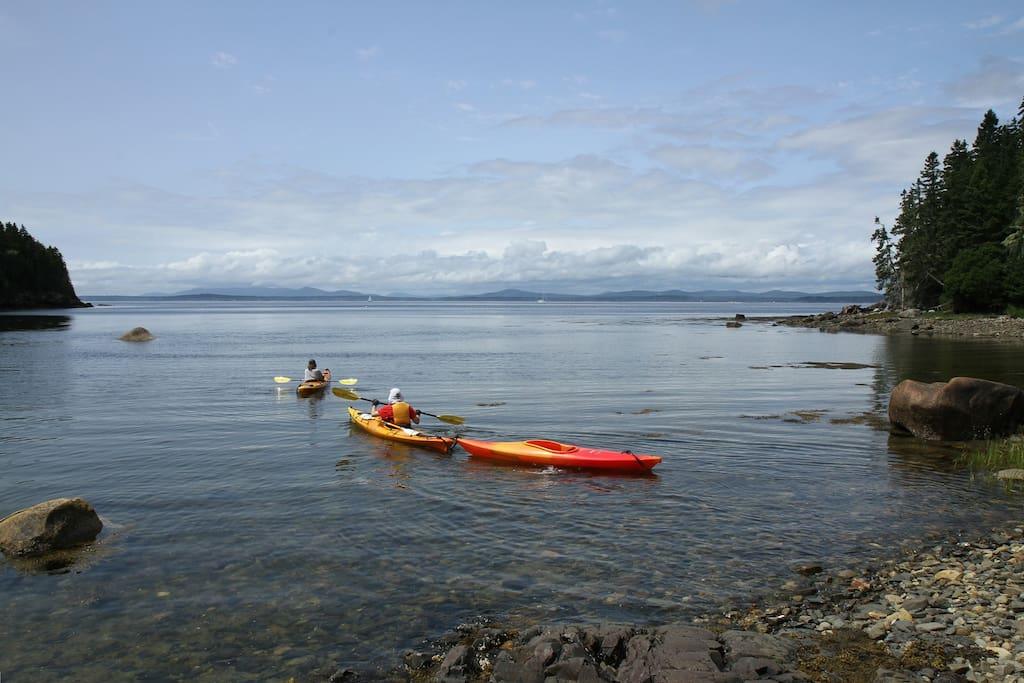 Orr Cove at high tide - setting off