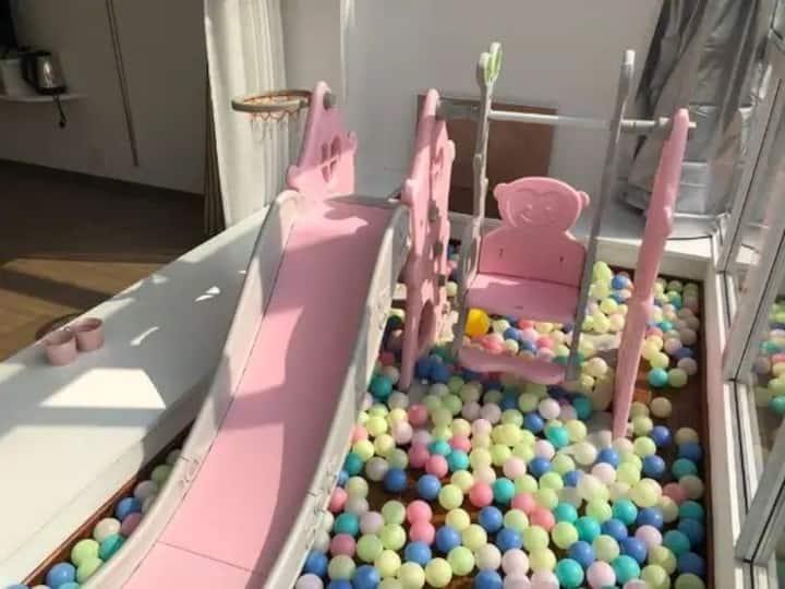 亲子大床房,带儿童游乐区(有海洋球,滑滑梯,秋千等),免费停车