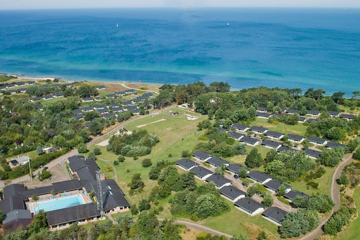 6 person holiday home on a holiday park in Gilleleje