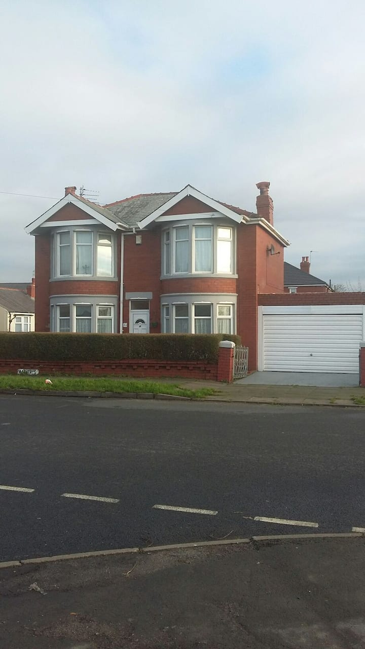 Blackpool home overlooking park with tower views