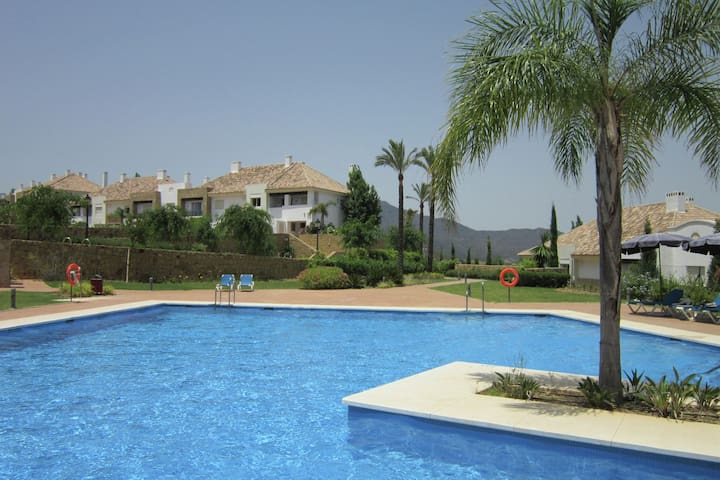 Tasteful Holiday Home in Cala de Mijas with Swimming Pool