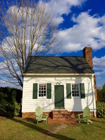 18th Century Charming  Bungalow - Gordonsville - Casa