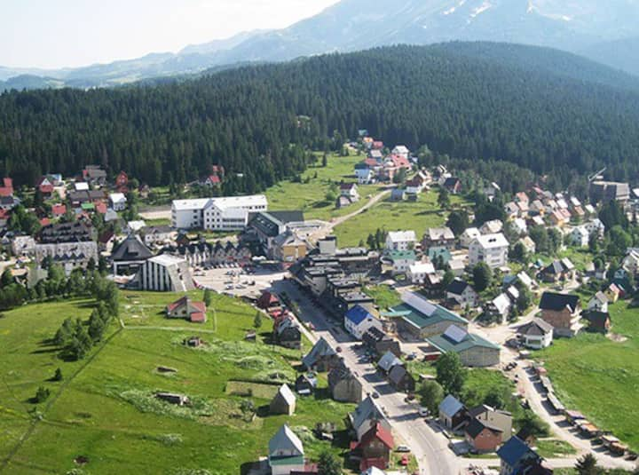 Cosy family home available for rent in Zabljak