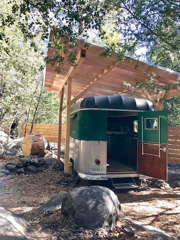1955 Trail Chief pop-up (original aluminum body, canvas sides + fiberglass roof)