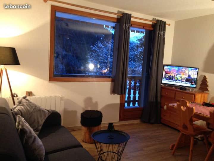 appartement   5 personnes 35m2  à  Valfréjus