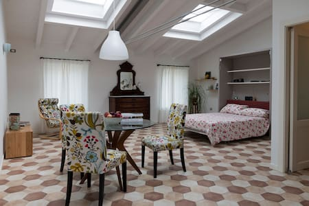 Bright and lovely new studio in Garda - Garda - Appartement