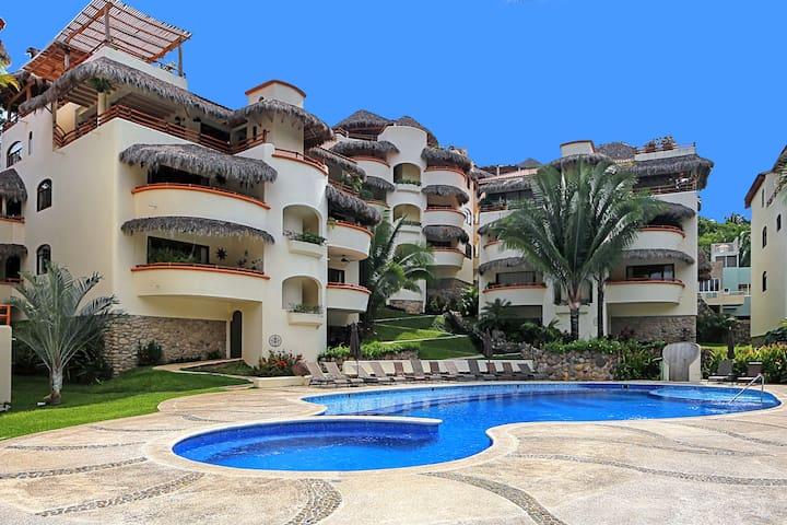 ➣ 3 BEDROOM @ LOS ALMENDROS **Best Location**