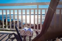 Handrail,Banister,Railing,Furniture,Crib