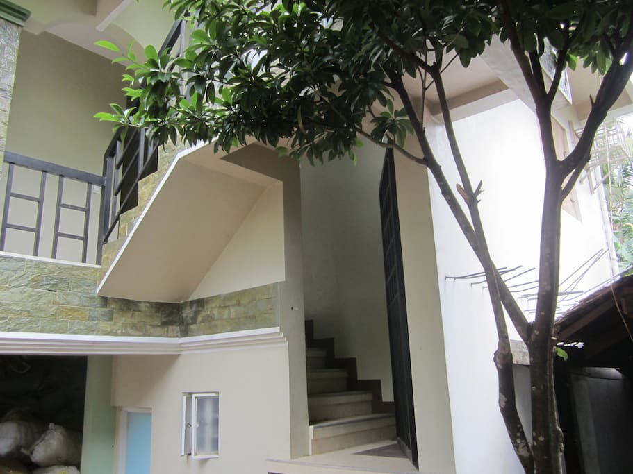 Separate entrance for the guests apart from the owner's
