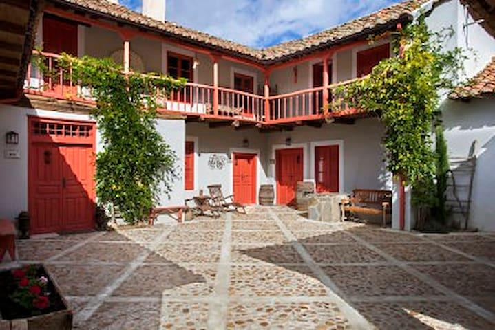 La Madrigata, una casa con encanto - Villamejil - Huis