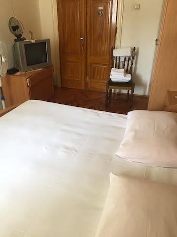 (1) Private room in the center of Split