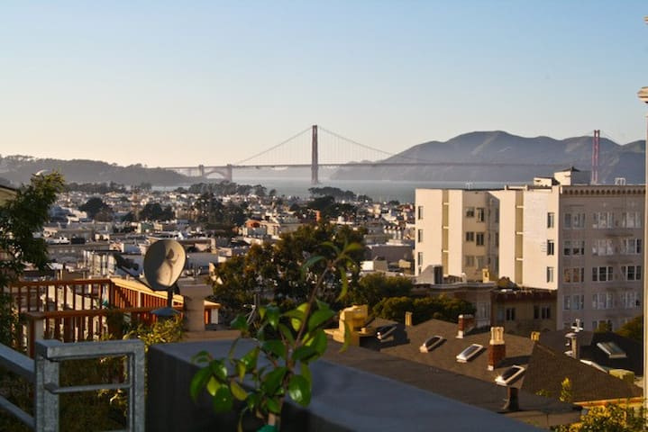 Golden Gate Bridge view!