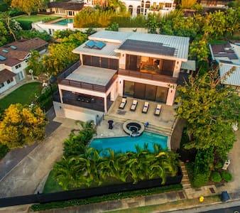 Gail Street Villa: 117283 - Honolulu