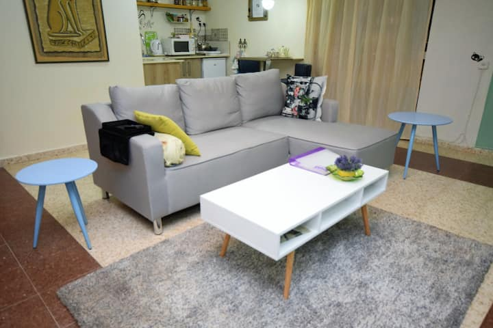 Apartment with separate entrance, fully equipped