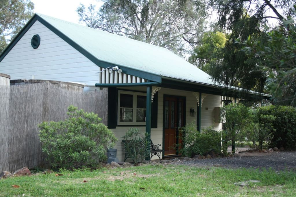 Front verandah of Merlot Cottage
