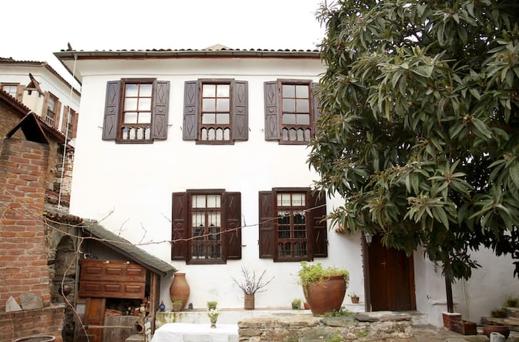 Duplex village house with fireplace - Selçuk - Alpstuga