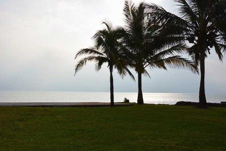 Casa Albor Beachfront