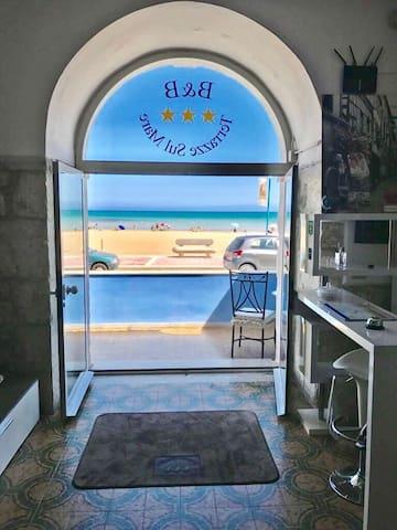 Camera privata sul mare
