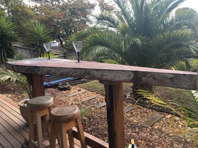 Outdoor breakfast bar