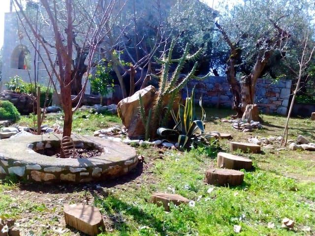 Inous Residence - Thalames - 別荘