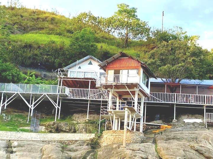 Casa Atlántida, isla del sol