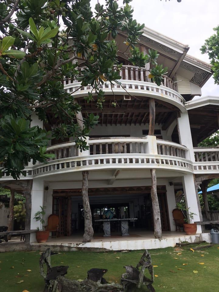 5BR Beach house