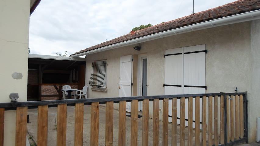 Maison T 2 (48 M2) Nuitée ou Curiste
