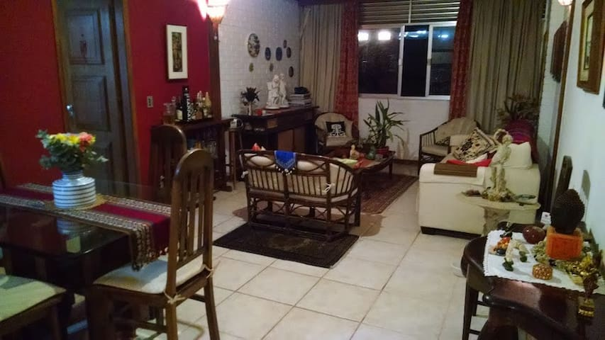listing_id: 13332158Silent Double room in Gávea's green area