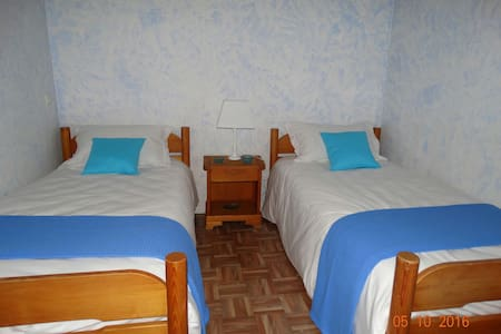 Chambre Bleue - Bed & Breakfast