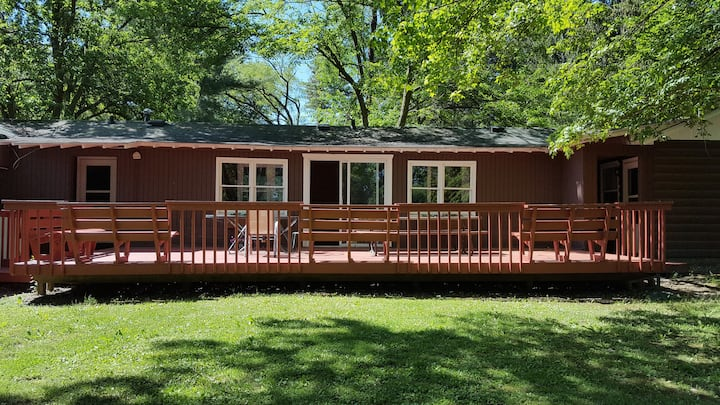 Two Bed & Two Bath Cabin in Williams Bay