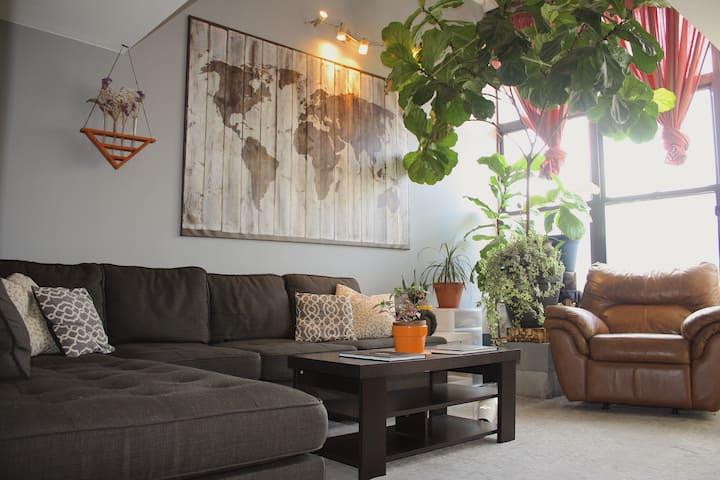The Brooklyn Tree House: Cedar