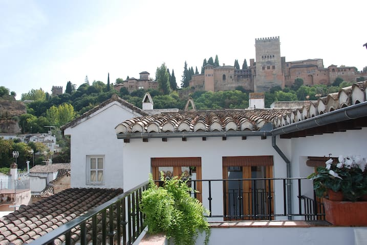 "Penthouse with Alhambra views ""La Sabika"""