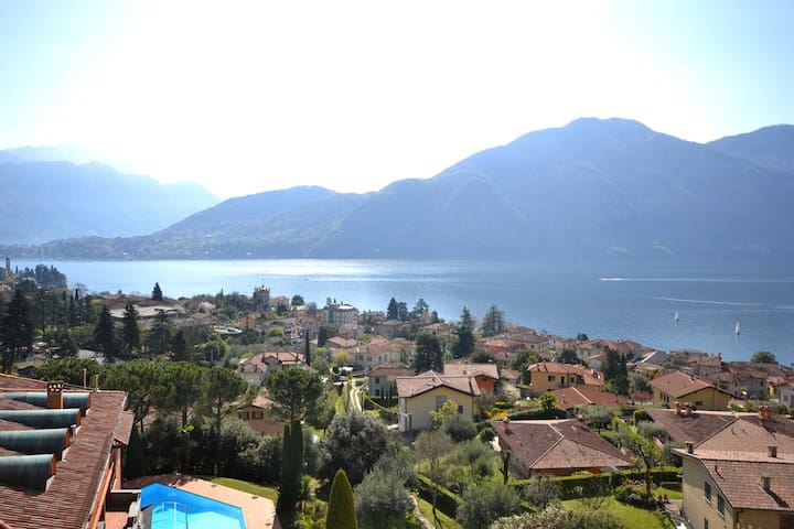LAGO with pool and lake view - Azzano - Apartament