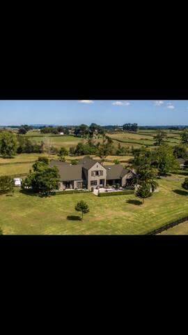 Te hihi life style house