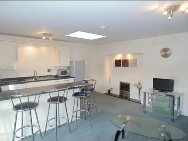 Ulverston Town Centre Modern Apartment