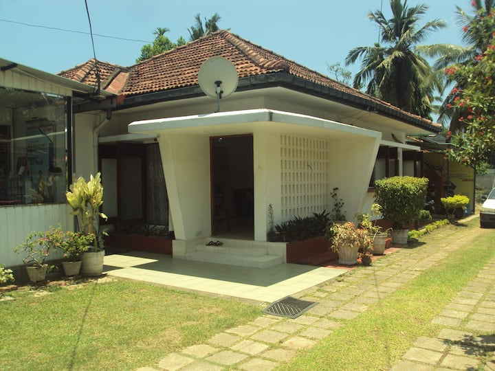 Chanilka Home Stay  ~ A home away from home ~