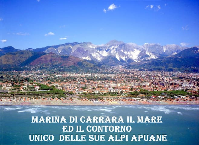 Departamentos, casas y villas con piscina en Marina di Massa ...