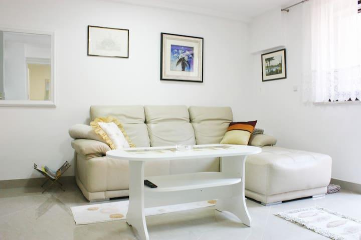 "Apartment ""Maksimir Relax"" **** Zagreb"