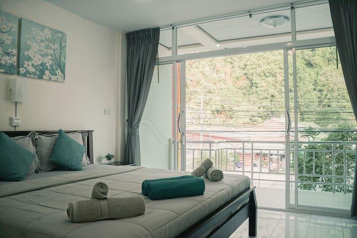 Deluxe Kingbed Room Kitchenette Balcony I