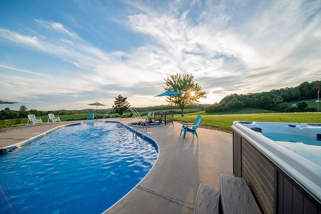 Enjoy the panoramic views while relaxing in the Pool & hot tub.