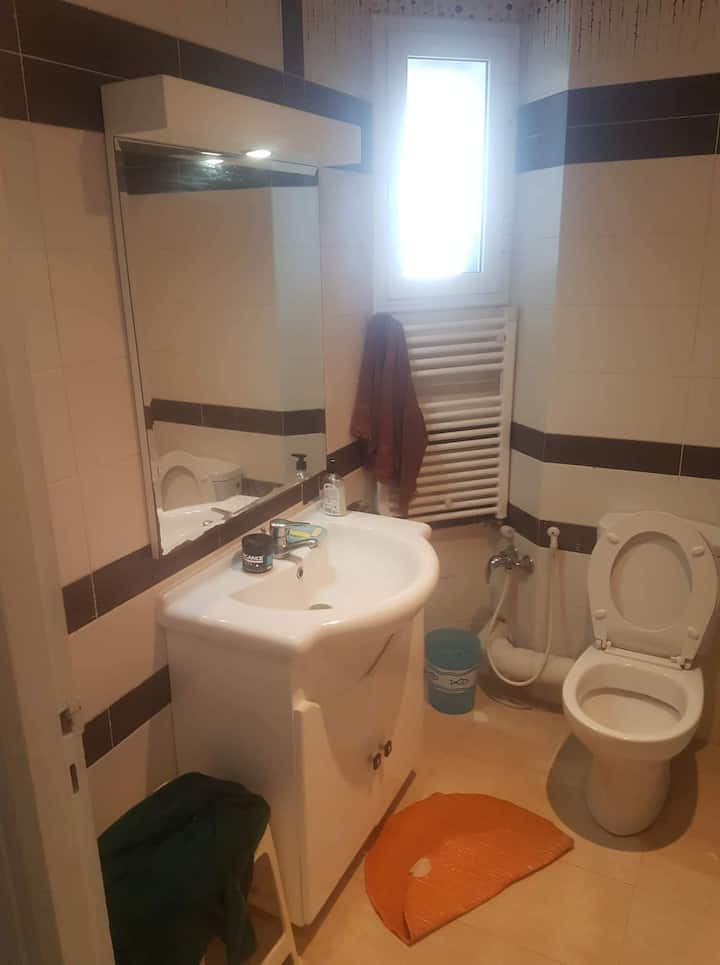 Apartment with 2rooms in aouina