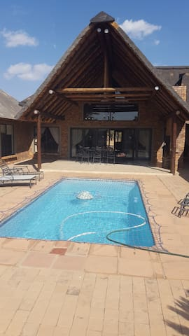 24 Zebula  (8 Guests) Bela Bela, South Africa