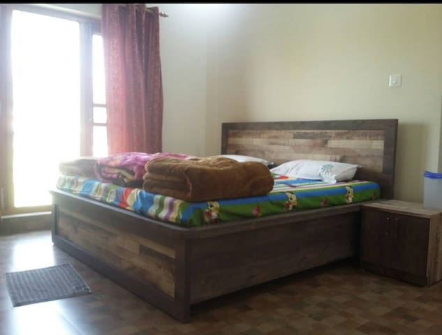 Bora's Home Stay (Your Host for Kumaon)