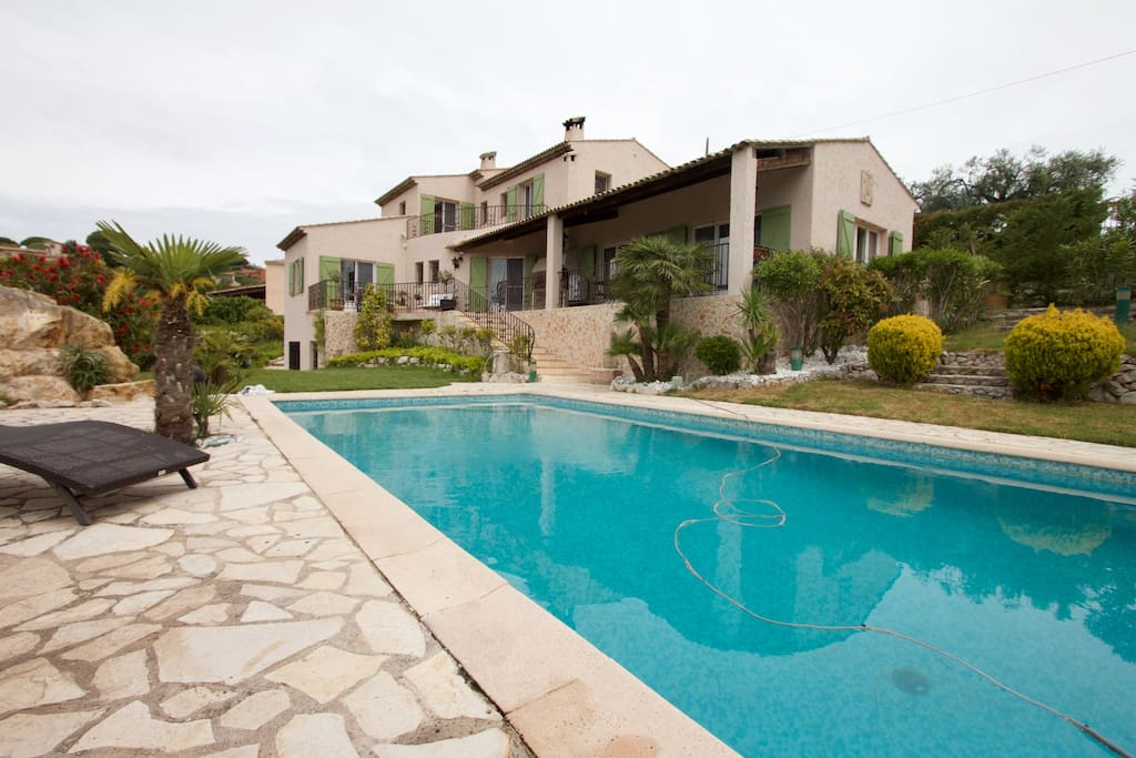 Beautiful villa with swimming pool and tennis court.